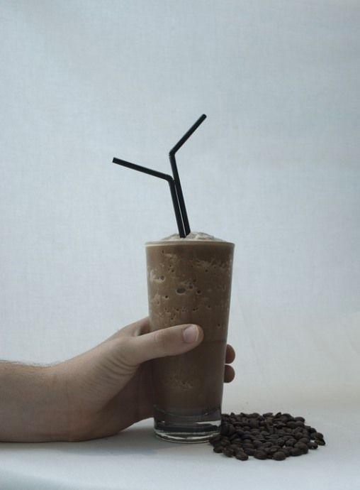 фраппе - кофе со льдом