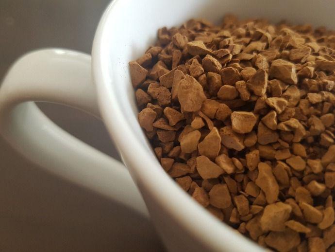 растворимый кофе в чашке