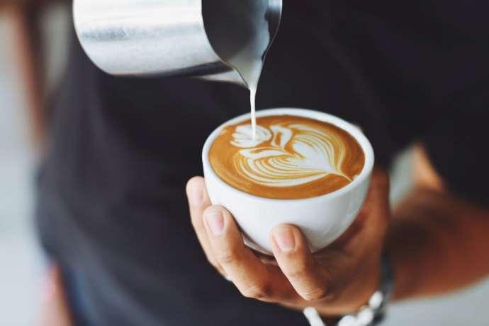 создание рисунка на кофе