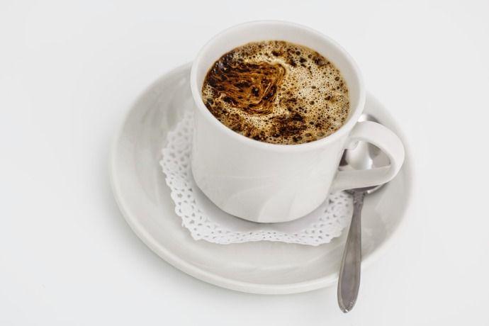 чашка растворимого кофе