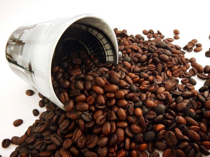 кофейные зерна россыпью