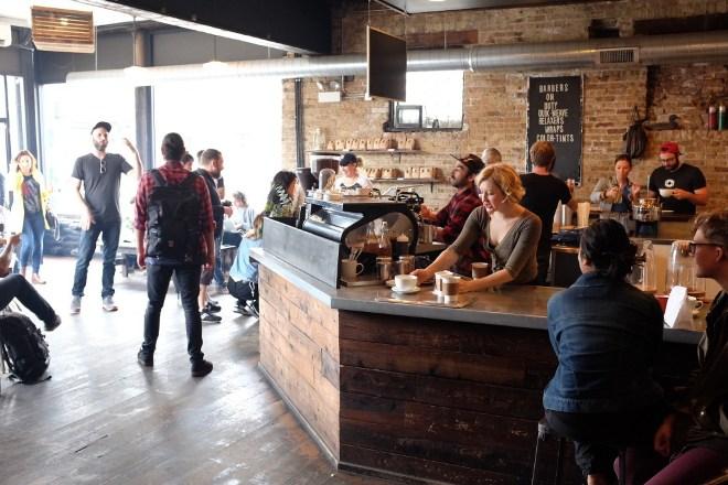 посетитель кофейни