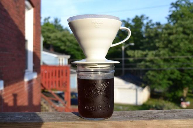 сливаем кофе